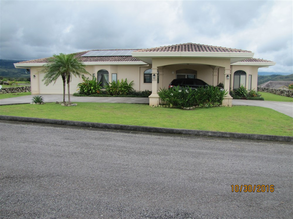 Excellent House For Rent In Gated Community Boquete